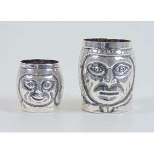 Par de copos de prata de lei teor 900 . Sul América Sec XX , 5 CM
