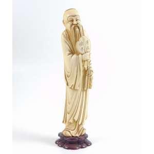 Escultura de marfim representando Sabio - 25 cm alt. China Séc. XIXXX.