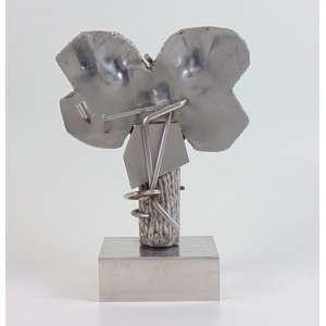 VLAVIANOS NICOLAS - Escultura de aço - dat 1975 - 2/10 - 36 cm alt, 28 x 12 cm.