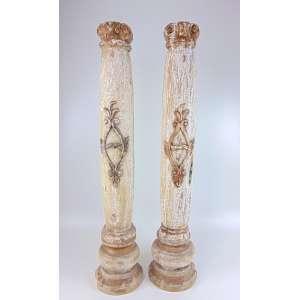 Par de colunas de madeira policromada .Brasil Sec XIX 1,19 cm alt cada.