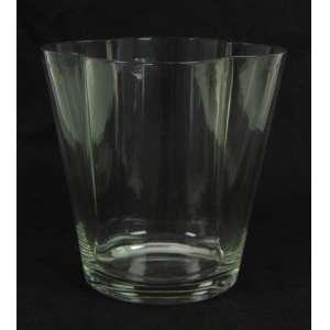 Vaso de Cristal de formas orgânicas. 21 cm alt, 18 x 18.