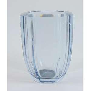 Vaso em cristal lapidado , assinado Orrefours - 20 cm alt, 16 cm diâm. (pequeno bicado na borda)