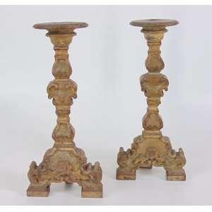 Par de tocheiros de madeira lavrada e policromada Brasil Sec XIX - 38 cm alt.