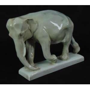 Escultura de porcelana esmaltada representando Elefante , manufatura MEISSEN . Alemanha inicio Sec XX. - 22 cm alt, 31 cm compr, 10 cm prof. (pequeno bicado na base no estado)