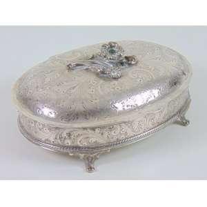 Caixa de prata de lei teor 833 - Brasil Sec XX ,6 cm alt. 20 x 15 cm.