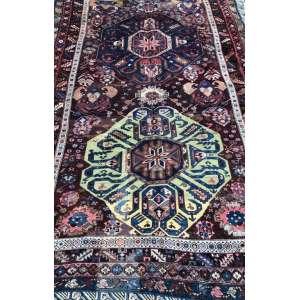 Tapete caucasiano, Kazak, manufatura manual, 2,60m x 1,70m (no estado).