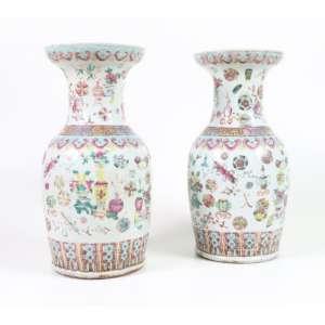 Par de vasos de porcelana esmaltada adaptados para abajur, 36cm x 17cm, China, século XX.