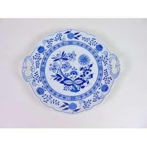 Travessa de porcelana esmaltada, decoração blue and white, 27cm de diâmetro, Alemanha, século XX.