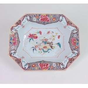Bowl oitavado de porcelana, Cia das Índias, 7cm x 28cm x 23cm, China, século XVIII.