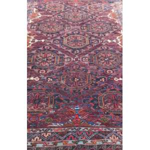 Tapete russo, Sumak, manufatura manual, 3,66m x 2,20m (no estado).