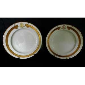 Par de pratos de porcelana monogramados - friso largo dourado - Copeland`s China - Mortloch`s Oxford Street