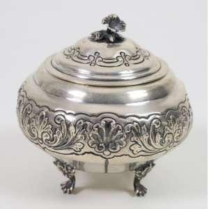 Açucareiro em prata teor 833. Brasil Sec XX. - 12 cm alt, 12 cm diâm.