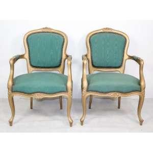 Par de poltronas - Douradas com tecido verde - 92 cm alt- 60 x 53 cm.