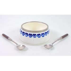 Saladeira de porcelana esmaltada e armação em manufatura WMF. Alemanha Sec XIXXX - 12 cm alt, 20 cm diâm.-
