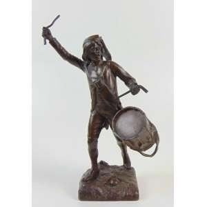 Pagel - Escultura de bronze representando soldado com tambor, com selo de fundição da Susse Freres - Paris - 28 cm de alt.