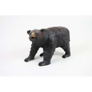 Escultura em madeira - Urso em pé - 16 cm alt, 10,5 cm larg. 24 cm compr. (no estado)
