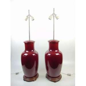 Par de abajures de porcelana esmaltada para Sangue de Boi (furados na Base) 90 cm de alt.
