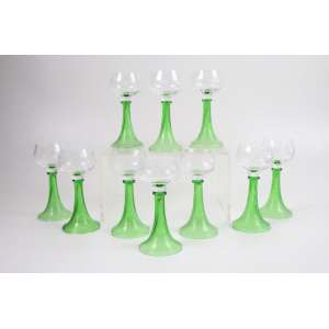 Jogo de 10 copos de vidro artístico de Murano - Itália Sec XIX/XX. (Um deles com bicado).