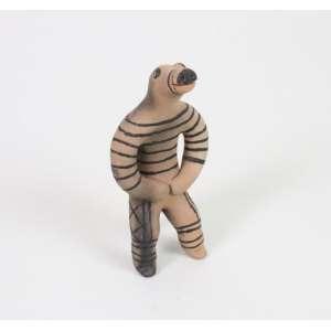 Arte Indígena - Figura Mitológica - etnia Karajá - terracota e pigmento natural - 15 cm altura.