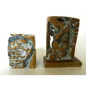 Hugo Rodrigues - Par de esculturas em bronze - a maior assinada - alturas 9cm e 6cm.