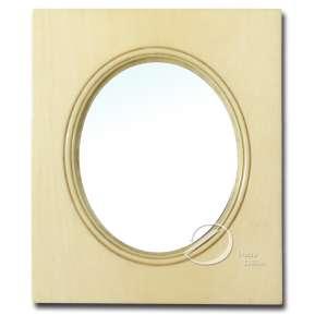 Porta-retrato de marfim; 14,5 x 12 cm. Europa, séc. XIX.
