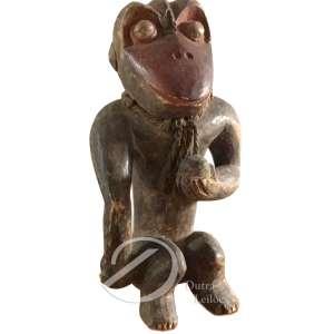 Cultura Baolê - Macaco de madeira; 36 cm de altura.
