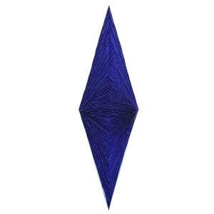 Marcos Coelho Benjamim<br />Losango azul. Metal e pigmento, 160x46x10 cm, 2011, A.V.