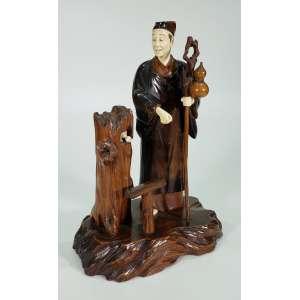 OKIMONO – rara escultura em madeira e marfim – Macaco se movimenta - período Meiji - Alt. 33 cm – Japão, Séc. XIX