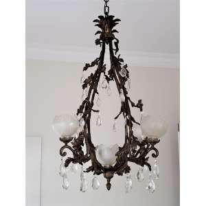Belíssimo lustre em bronze e cristal - mangas em vidro acidado - medidas, 100 x 75 cm - França, séc. XIX/XX