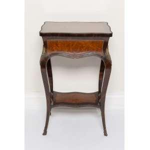 Movel costureiro ricamente marchetado - 79,5 x 49 x 36 cm - França, séc. XIX/XX