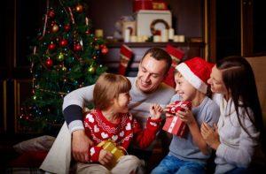 4 dicas de brincadeiras para festa de final de ano com a família