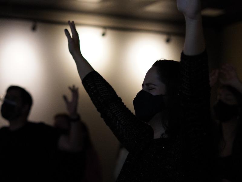 Noite de Adoração | Jovens IDE