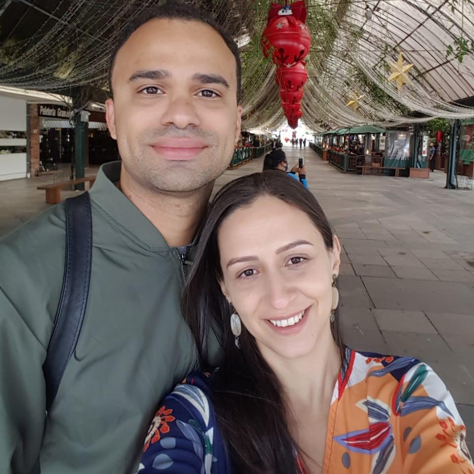 Rafael de Abreu e Valquíria Ferreira