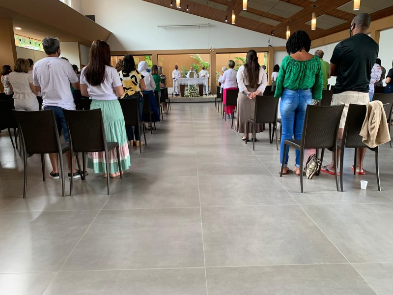 Primeira Missa do Ano - Vila Divino Oleiro