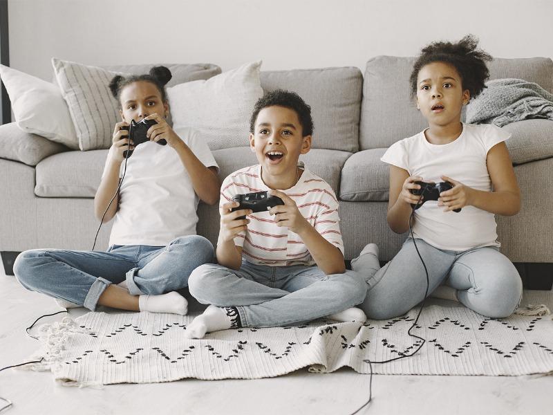 Uso excessivo de celular e jogos para crianças
