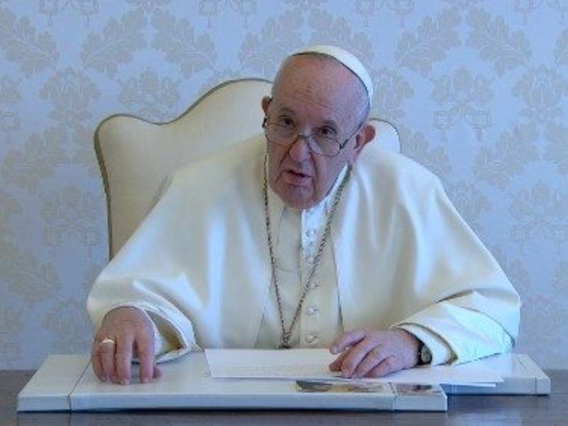 Papa dedica orações de Junho ao Matrimônio