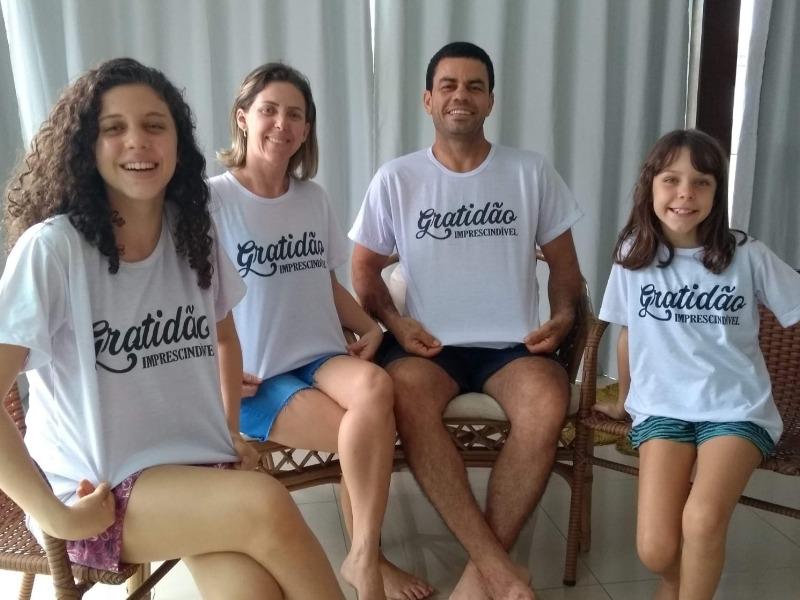 BÊNÇÃO DO DIA: Janne Miranda e família!