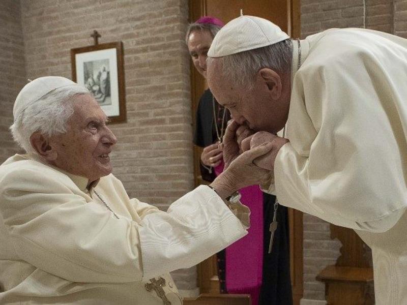 O Papa Emérito Bento XVI faz hoje 94 anos