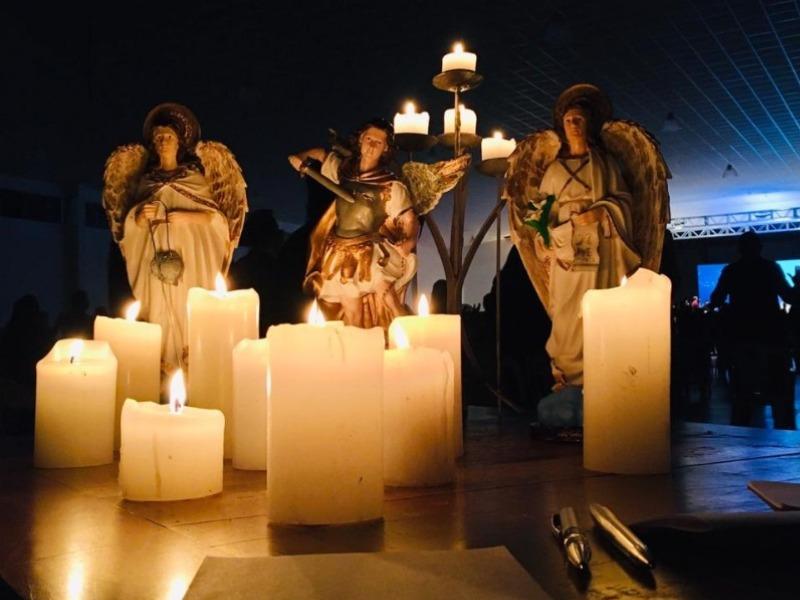 Campanha de Oração Altar dos Anjos