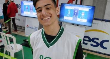 Amante dos games, Gustavo Alonso mostra domínio na arte do joystick na estreia do Games FIFA 2019 no Intercolegial