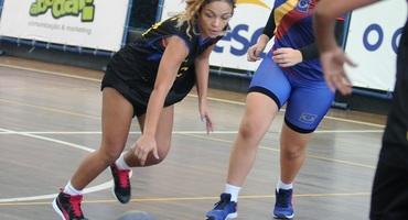 Apaixonada por esportes, Maria Eduarda quer ser atleta profissional do basquete, mas não descarta seguir carreira em outras modalidades