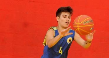 Apaixonado por esportes, João Vitor, aluno do Santa Clara, de Cordovil, pretende fazer faculdade de audiovisual