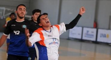 Artilheiro da estreia do handebol, Felipe marca 11 gols na vitória do Santa Mônica Centro Educacional