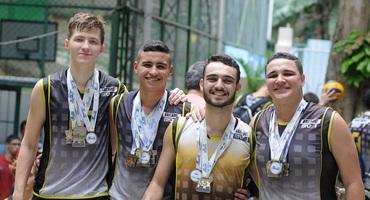 Campeões diversas vezes pelo  MV1, quatro atletas se despedem da escola com título