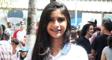 Charmosa, Isabelle rouba a cena no xadrez, disputado no Santa Mônica Centro Educacional