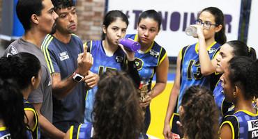 Colecionador de títulos no vôlei não federado, MV1 promove renovação na categoria sub-15 não federada feminina