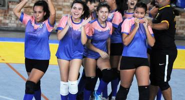 Com apoio de ex-alunos, Sesi Maracanã desenvolve projeto no vôlei e obtém bom resultado em sua estreia