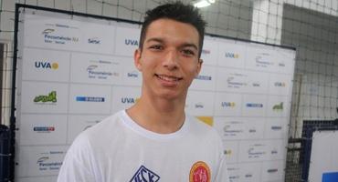 Com muito talento, Luis Augusto, de apenas 16 anos, já dá aulas de judô