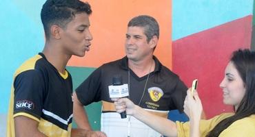 Com passado marcado pelo basquete, João Vitor mostra talento com a bola no pé e decide classificação do Seice