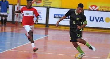 Com quatro gols, Peri faz a diferença para o Souza Amorim na vitória contra o Mercúrio